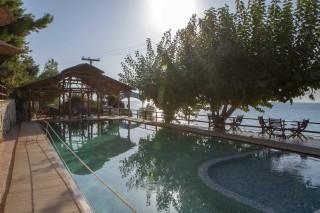 facilities libre studios swimming pool with sea view