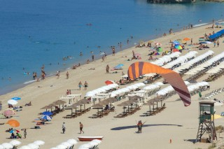 kathisma libre organised beach