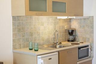 studio 3 libre kitchen